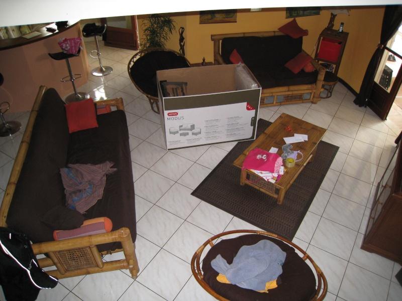 P3 Le mobilier de jardin de Melba enfin trouvé et en cours de montage !! - Page 2 Img_0810