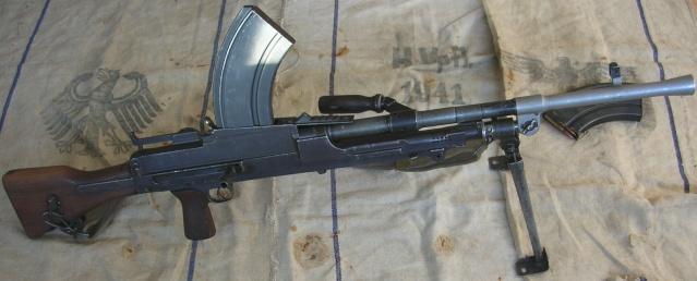 Fusil mitrailleur Bren MK1 de 1942 Fm_bre10
