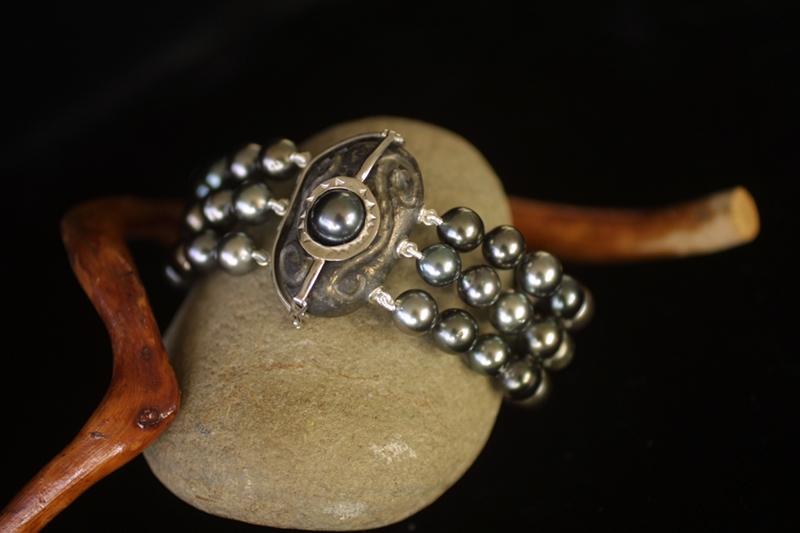 Bracelet perles de Tahiti  Brcfer22