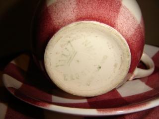 Crown Lynn - Red checked tableware Dsc00014