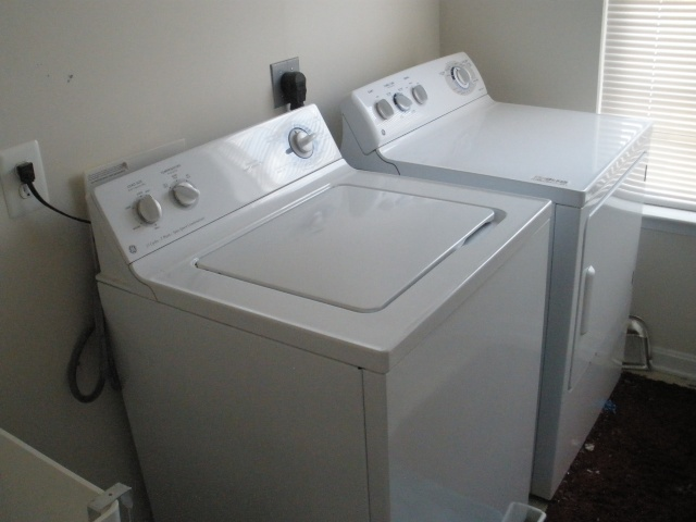 Super Capacity GE Washer and Dryer - $300 Washer10