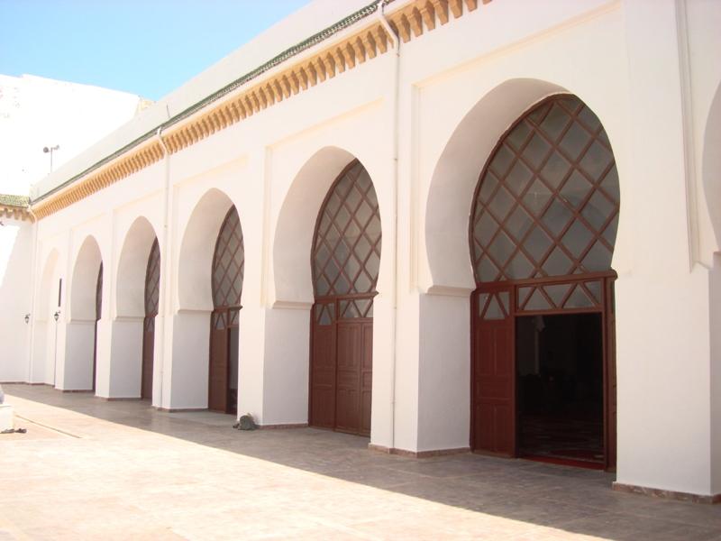 Mosquée, Masjid ou Djamaa Ben Youssef    Dsc08111