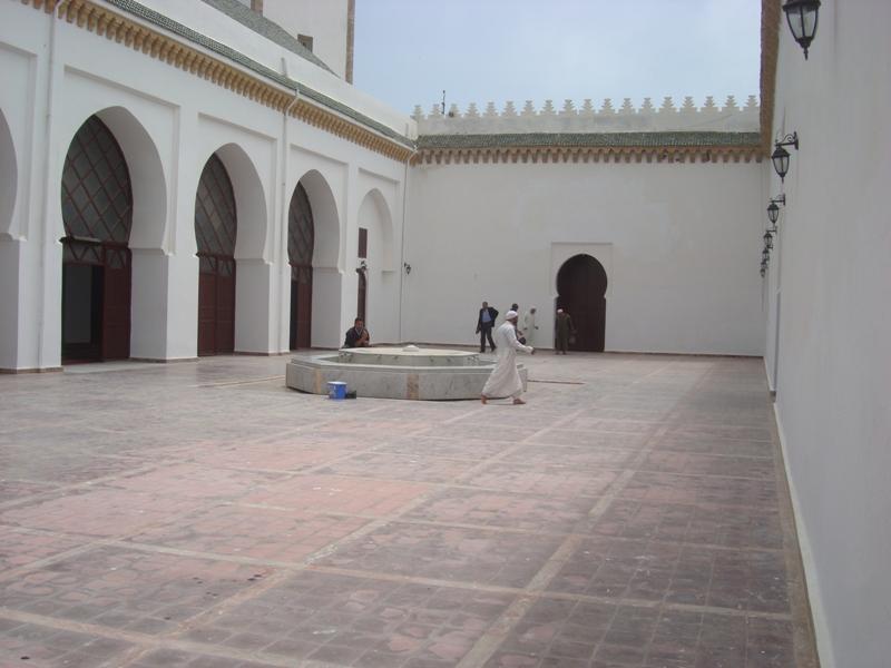Mosquée, Masjid ou Djamaa Ben Youssef    Dsc08126