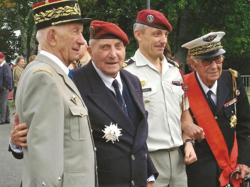 ALLARD Jean Colonel ancien du 1er RCP Col_al10