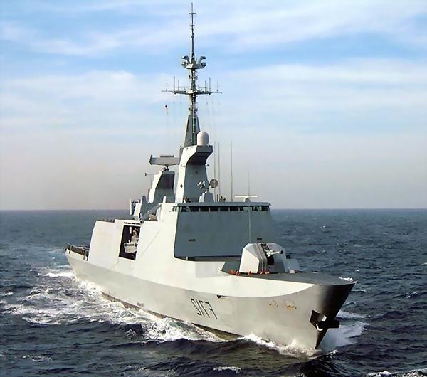 Libye : Bataille navale au large de Misrata Fregat10