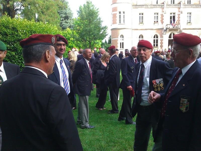 11 & 12 juin 2011 - CONGRES Union Nationale des Parachutistes 2011 - (81)MONTAUBAN _ Photos et Video  - Page 3 Montau15