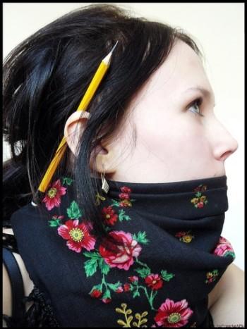 Варианты повязывания и ношения павловопосадских платков. Как носить платки. Как завязать платок. - Страница 2 11626110