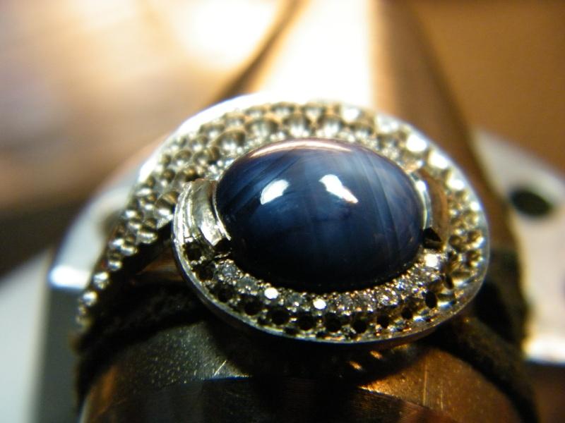 Bague en Or blanc, Saphir étoilé et Diamants Dscf2210