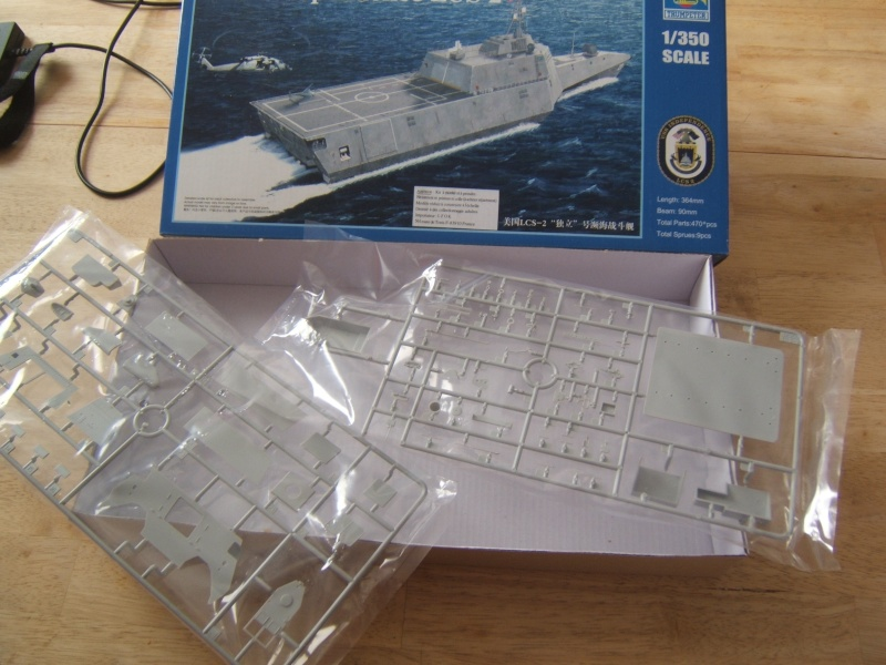 USS Independence LCS-2 Trumpeter 1/350 Dscf4110