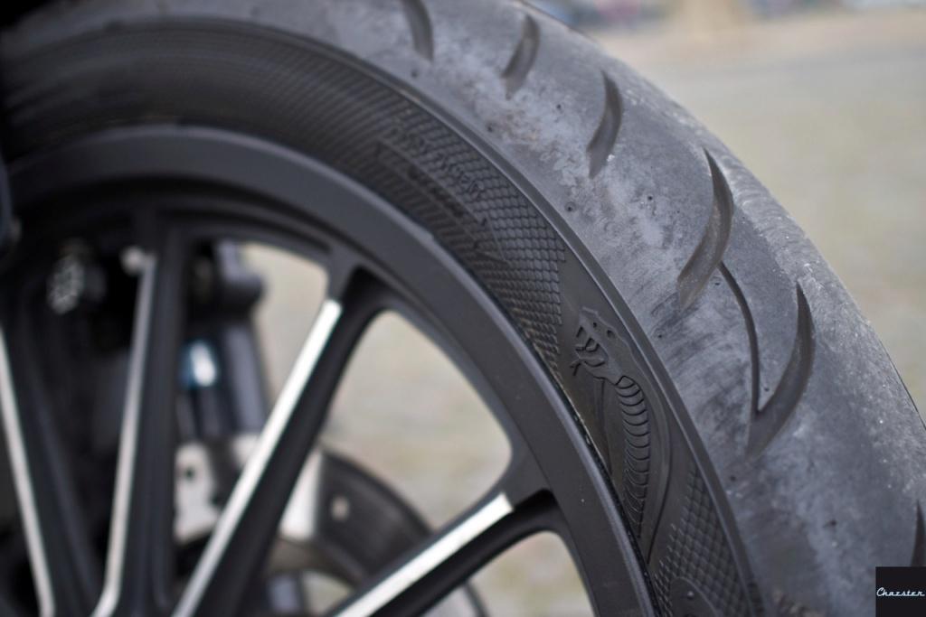 Avis pneu  Avon-c11