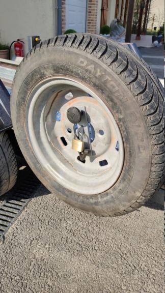 Bloc roue et remorque  Img_2038
