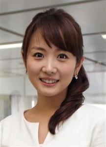 "SMAP gives a message to Takashima Aya for graduating from ""Mezamashi TV"" Takash10"