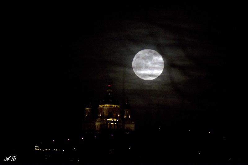 Eclissi di luna A_buio10