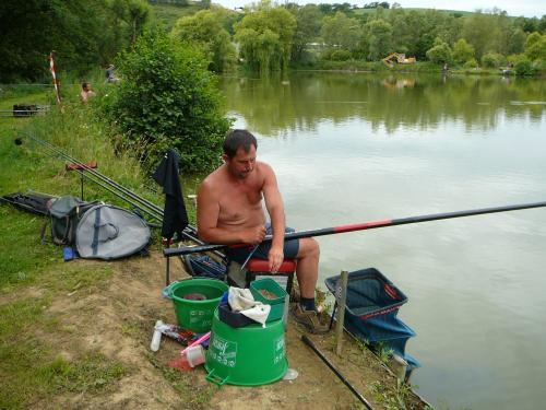 Concours individuel sur le plan d'eau de chuzelles le 13/06/2011 1f7ca310
