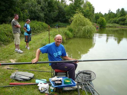 Concours individuel sur le plan d'eau de chuzelles le 13/06/2011 Ae101e10