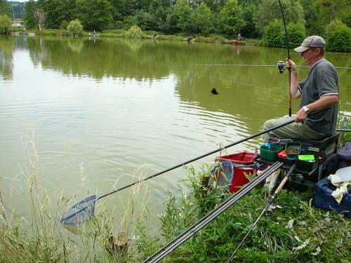 Concours individuel sur le plan d'eau de chuzelles le 13/06/2011 Ae5d0c10
