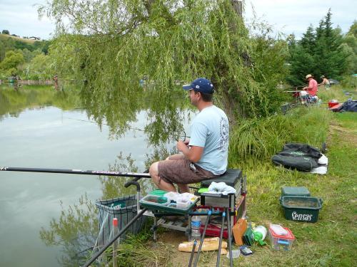 Concours individuel sur le plan d'eau de chuzelles le 13/06/2011 B438ba10