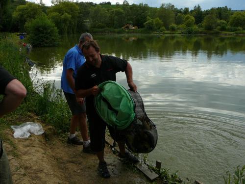 Concours individuel sur le plan d'eau de chuzelles le 13/06/2011 Dbad2b10
