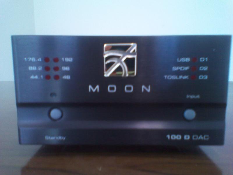 Moon Dac 100d Img_2012