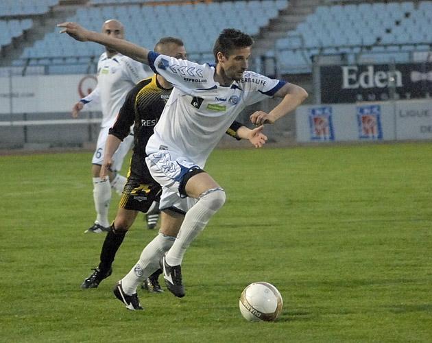 Photos/Vidéos de Matchs - Page 2 11041214