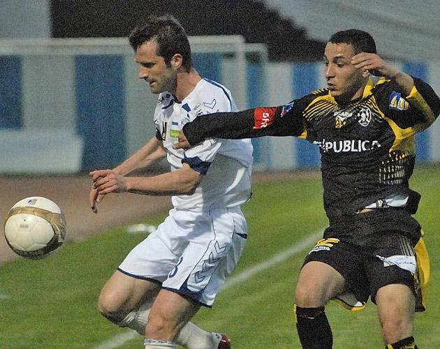 Photos/Vidéos de Matchs - Page 2 11041215
