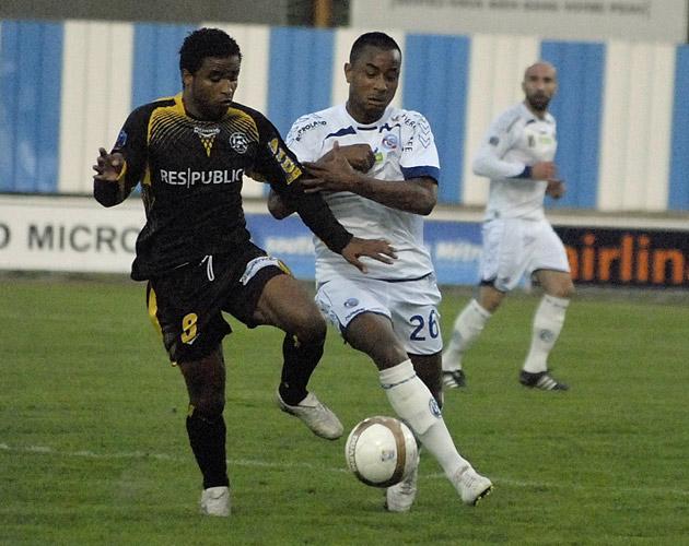 Photos/Vidéos de Matchs - Page 2 11041217
