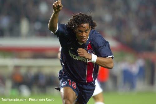 Ronaldinho : fin de carrière ? 2010-110