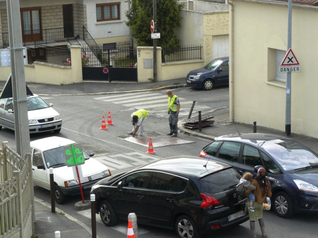 Rue Emile Zola on repose des coussins berlinois - Page 3 Infrac10