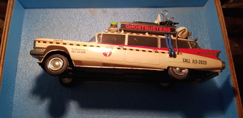 Ghostbusters Ecto 1 / Polar Lights, 1:25 20191125