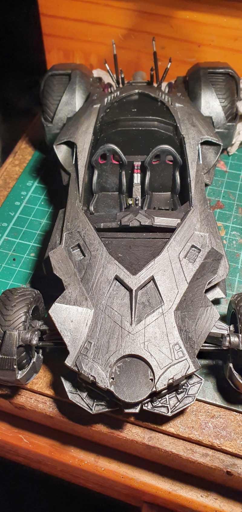 Batmobil aus Suicide Squad / Möbius, 1:25 - Seite 2 20200292