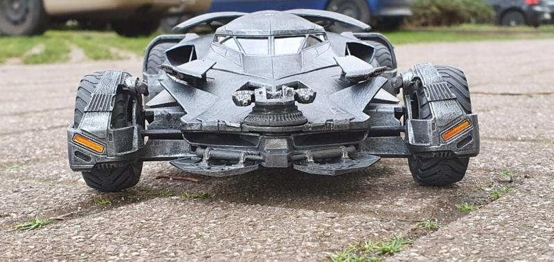 Batmobil aus Suicide Squad / Möbius, 1:25 - Seite 2 20200335
