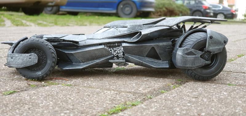 Batmobil aus Suicide Squad / Möbius, 1:25 - Seite 2 20200336