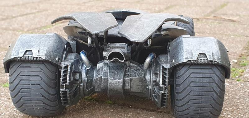 Batmobil aus Suicide Squad / Möbius, 1:25 - Seite 2 20200338