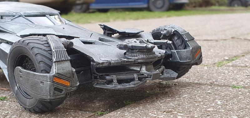 Batmobil aus Suicide Squad / Möbius, 1:25 - Seite 2 20200342