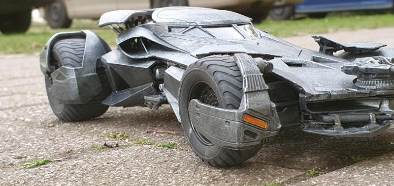 Batmobil aus Suicide Squad / Möbius, 1:25 - Seite 2 20200343