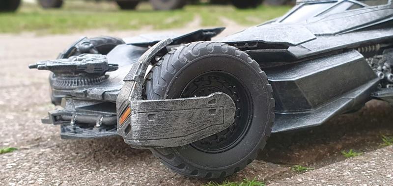 Batmobil aus Suicide Squad / Möbius, 1:25 - Seite 2 20200348