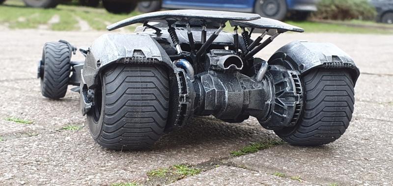 Batmobil aus Suicide Squad / Möbius, 1:25 - Seite 2 20200353