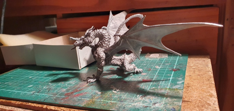 Gargantuan Gold Dragon von Thunderbold Mountain Miniatures 20200657