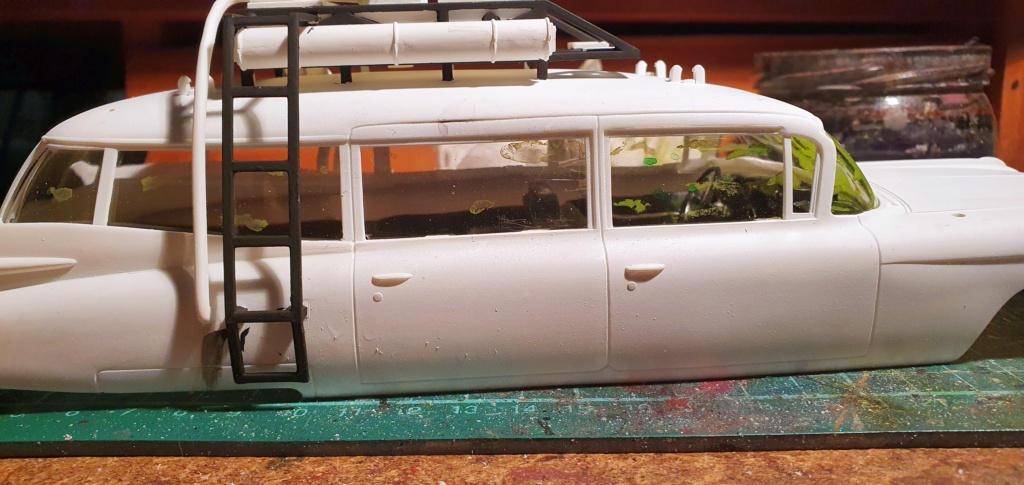 Ghostbusters Ecto 1 / Polar Lights, 1:25 20201201