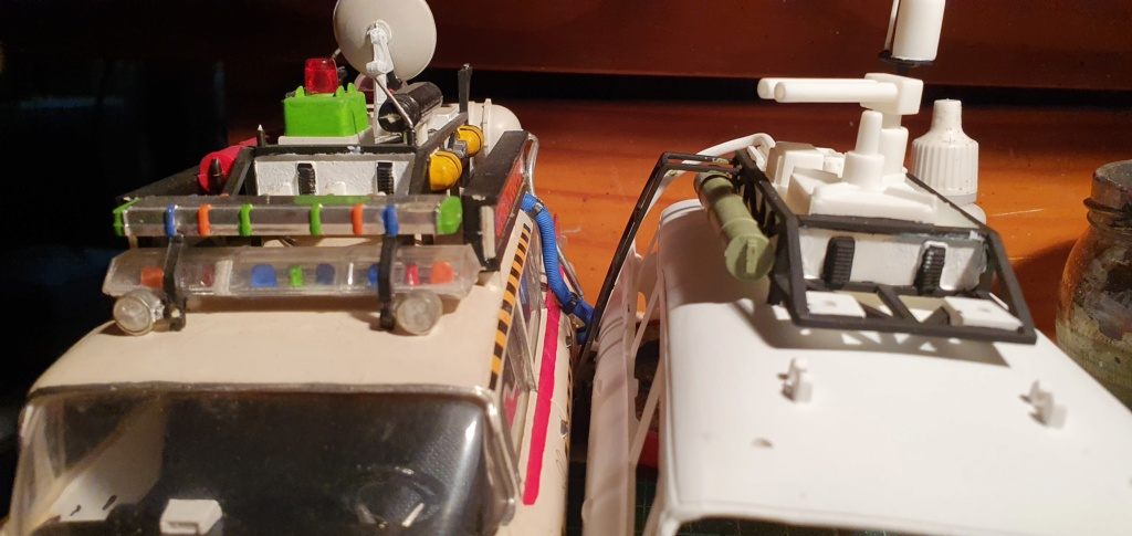 Ghostbusters Ecto 1 / Polar Lights, 1:25 20201208
