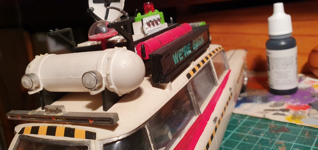 Ghostbusters Ecto 1 / Polar Lights, 1:25 20201211