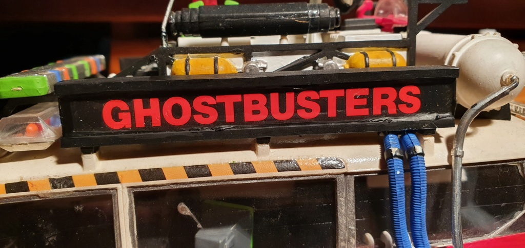 Ghostbusters Ecto 1 / Polar Lights, 1:25 20201213