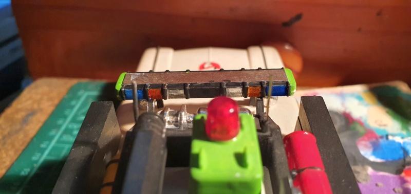 Ghostbusters Ecto 1 / Polar Lights, 1:25 - Seite 2 20201438