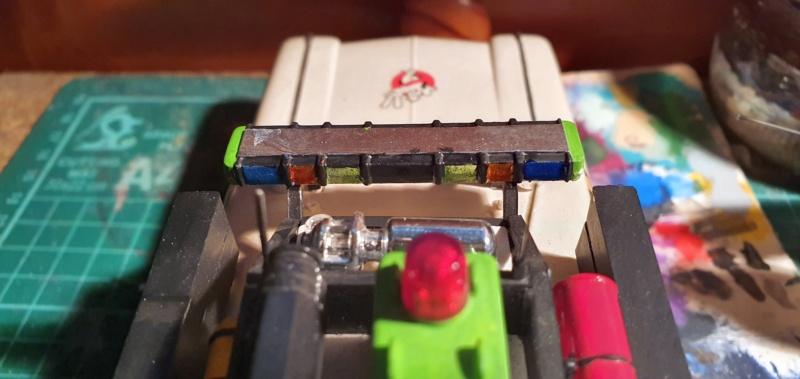 Ghostbusters Ecto 1 / Polar Lights, 1:25 - Seite 2 20201440