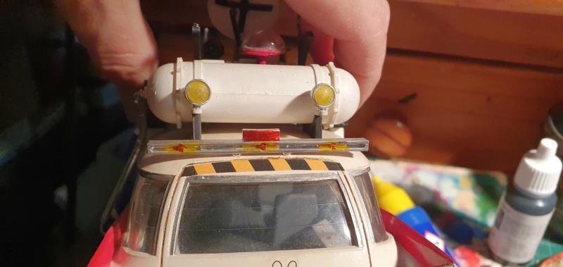 Ghostbusters Ecto 1 / Polar Lights, 1:25 - Seite 2 20201444