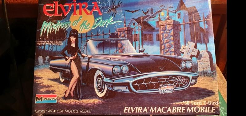 Elvira's Macabre Mobile - '58 Ford T-Bird Convertible Coupé / Monogram, 1:24 20202484