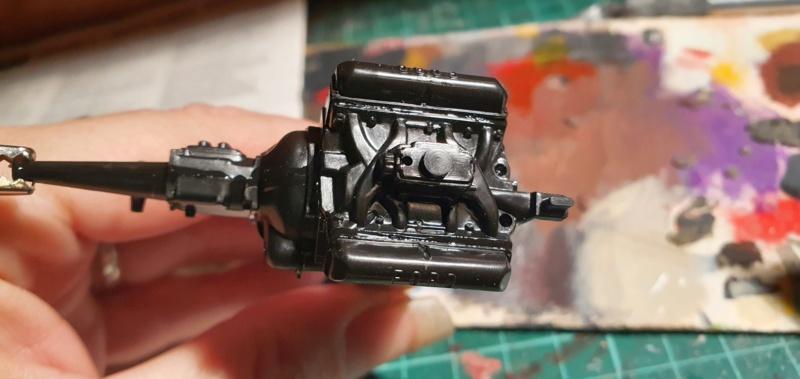Elvira´s Macabre Mobil-1958er Ford T-Bird Convertible Coupé Monogramm 1:24 20202495