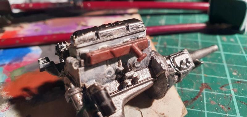 Elvira´s Macabre Mobil-1958er Ford T-Bird Convertible Coupé Monogramm 1:24 20202570