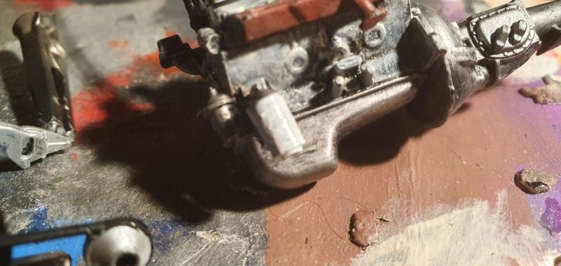 Elvira´s Macabre Mobil-1958er Ford T-Bird Convertible Coupé Monogramm 1:24 20202623