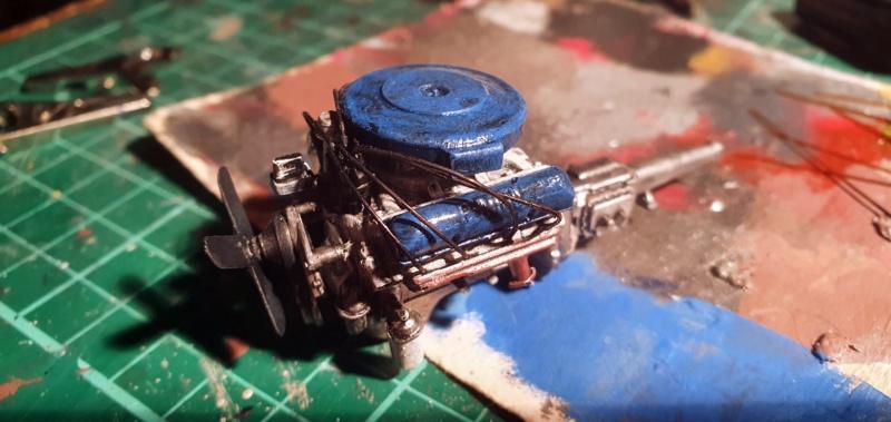 Elvira´s Macabre Mobil-1958er Ford T-Bird Convertible Coupé Monogramm 1:24 20202635